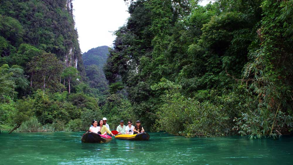 Canoeing through Khao Sok National Park