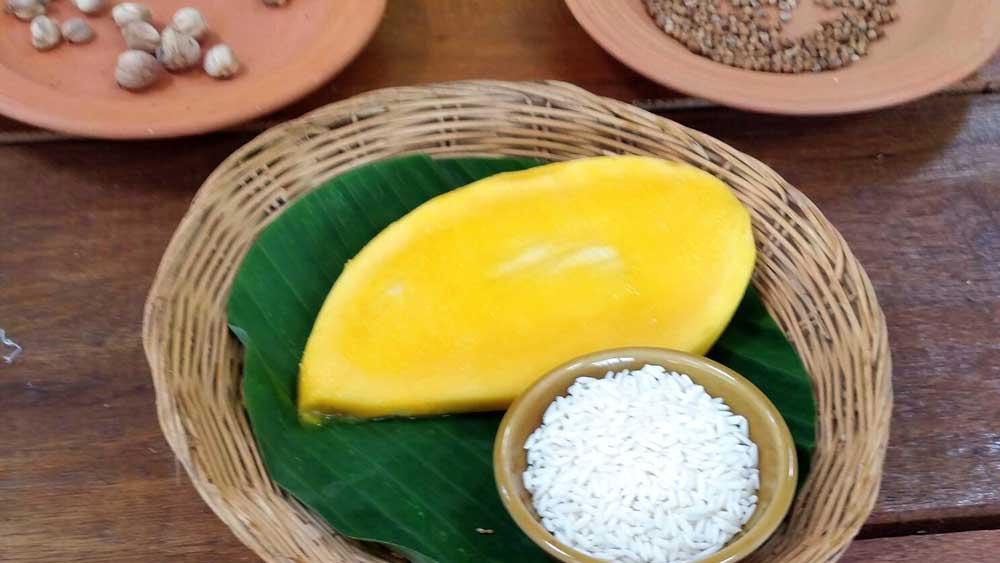 Mango for mango with sticky rice