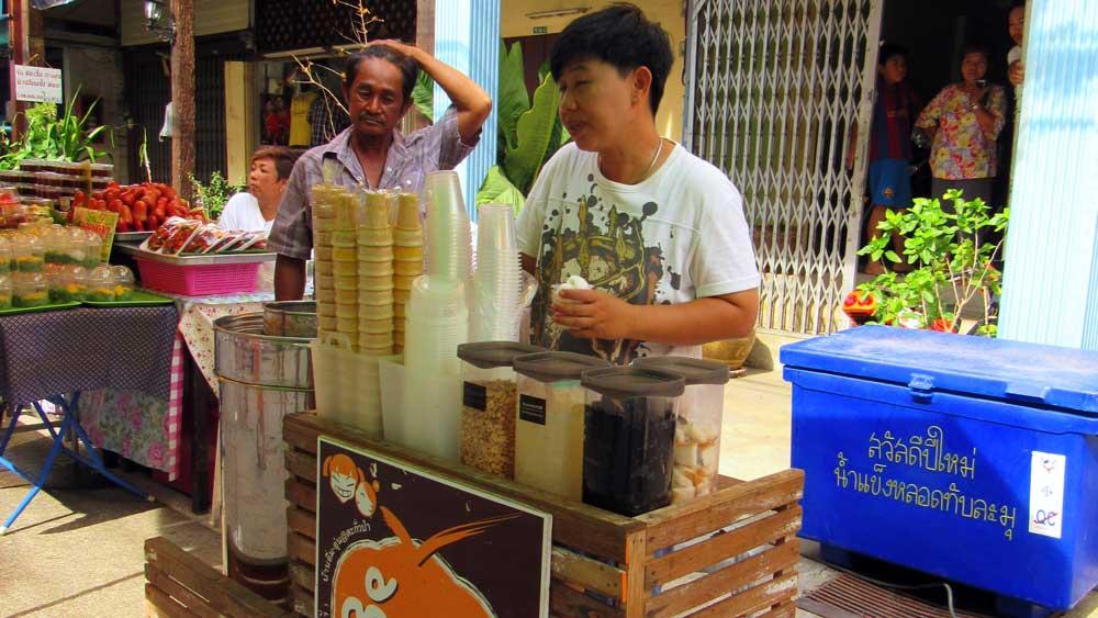 street vendor at Takua Pa Market