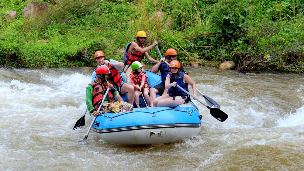 Family fun white water rafting