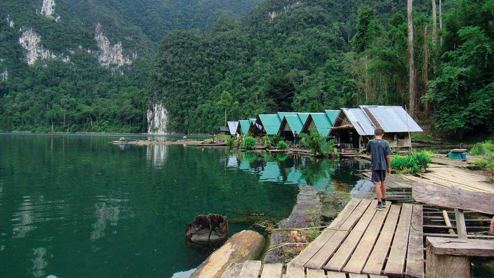 Chieow Lan Lake Rafthouses