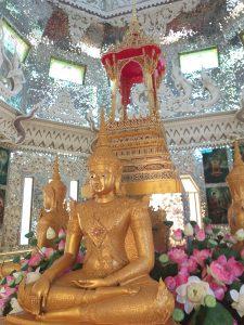Glamorous Khong Kha Temple.
