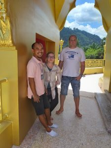 Our thai tour guide Nueng and our nice guests from Plauen, Germany
