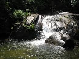 Smaller, but nice waterfall for free: Ton Pling